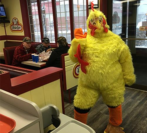 Best Tasting Fried Chicken Fast Food Restaurant . Mascotte